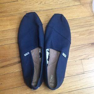 Men's Toms navy canvas shoe